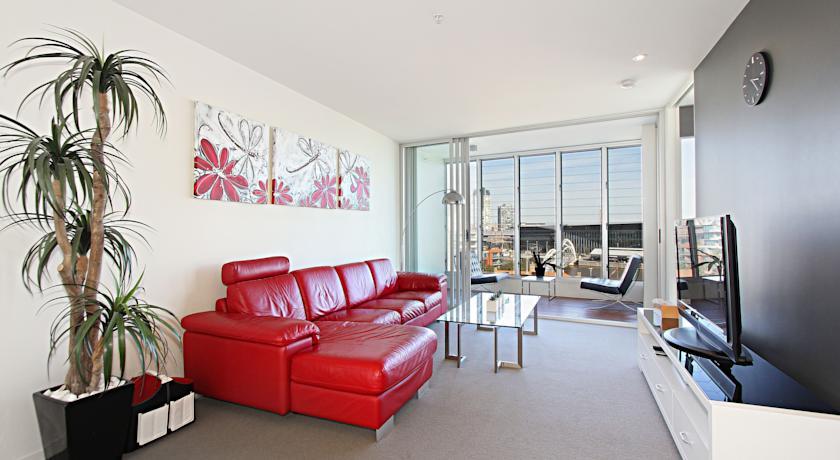 River Views Apartment - Docklands